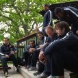Julien Pierre, William Servat, David Marty, Thierry Dusautoir et des membres de l'équipe de France le 17 octobre 2011 à Riverhead au nord-ouest d'Auckland
