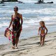 """""""Halle Berry et sa fille Nahla à Malibu en août 2011"""""""