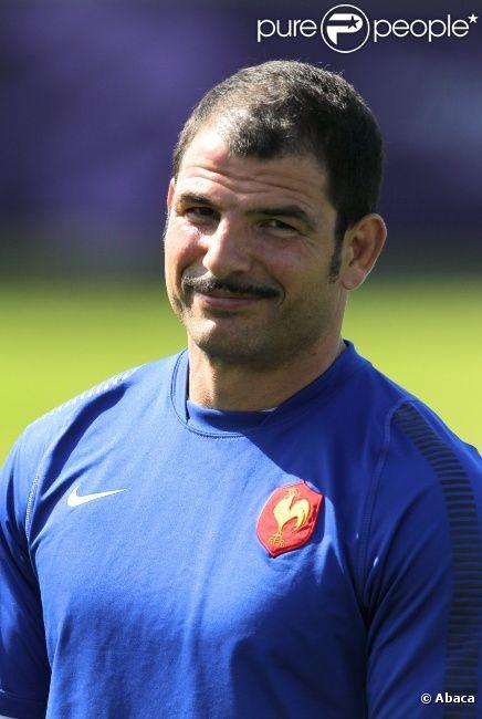 Marc Lièvremont à l'entraînement du XV de France le 21 octobre 2011 à Auckland