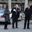 Jacques Mailhot et sa femme lors des obsèques de Jean Amadou au Père-Lachaise, le 27 octobre 2011
