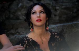 Monica Bellucci : La plus sexy mamma retrouve ses premières amours
