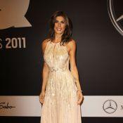 Elisabetta Canalis : Déesse scintillante devant un Peter Fonda très amoureux