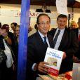 François Hollande assiste à l'ouverture de la Foire du Livre de Brive-la-Gaillarde, le 4 novembre 2011