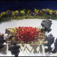 Le cercueil de Michael Jackson le 7 juillet 2009 au Stapples Center entouré de sa famille