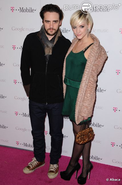 Ashlee Simpson et Vincent Piazza lors du lancement de Google music, à Los Angeles, le 16 novembre 2011