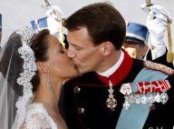 PHOTOS : Tous les baisers du mariage de la princesse française : le romantisme n'est pas mort !