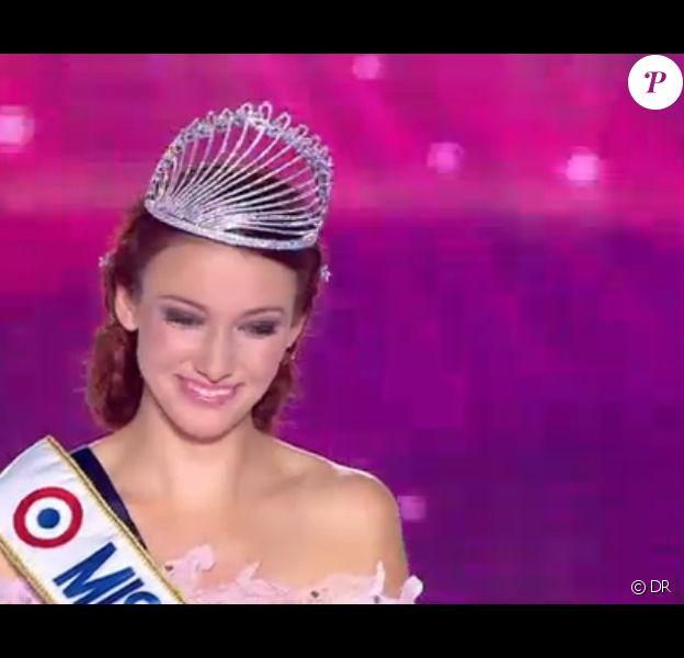 Delphine Wespiser, Miss Alsace, a été élue Miss France 2012.