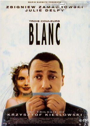 Blanc, un film scénarisé par Krzysztof Piesiewicz