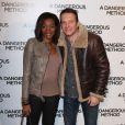 Samuel Le Bihan et sa bien-aimée Daniela Beye enceinte lors de l'avant-première à Paris du film A Dangerous Method le 12 décembre 2011