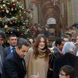 Carla et Nicolas Sarkozy ont donné le sourire à des centaines d'enfants pour le Noël de l'Elysée ce mercredi 14 décembre 2011