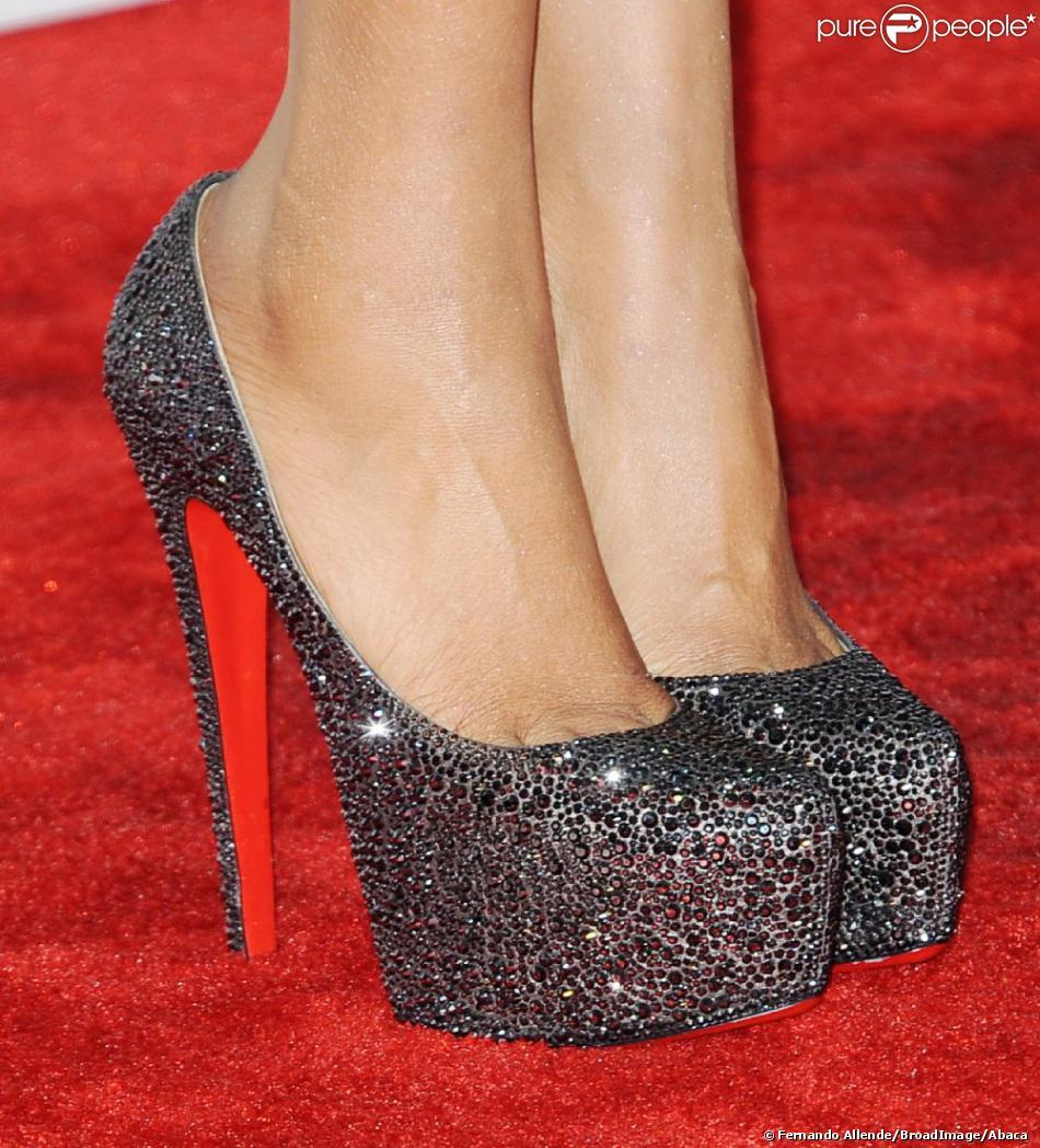 nouvelle arrivee 3a96d d915f Les chaussures Christian Louboutin de Jennifer Hudson, sur ...
