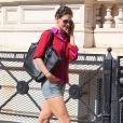 Katie Holmes a eu un coup de coeur pour les chaussures Isabel Marant, stylées et confortables pour un sortie en plein aprés-midi. New York, le 8 septembre 2011.