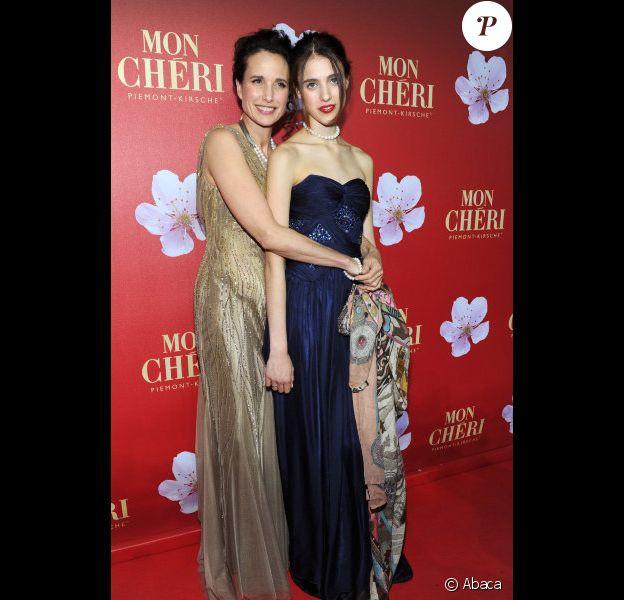 Andie MacDowell et sa fille Sarah Margaret, 17 ans, le 3 décembre 2011 à Munich.