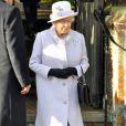 Malgré l'absence de son mari le prince consort, hospitalisé, la reine Elizabeth II est apparue très souriante le 25 décembre 2011 à Sandringham.   Le Noël 2011 de la famille royale britannique à Sandringham a été marqué par l'absence du prince Philip, hospitalisé, mais aussi par l'extraordinaire engouement suscité par Kate Middleton, attraction à Sandringham pour son premier Noël royal.