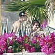 Justin Bieber et sa petite amie, Selena Gomez, à Cabo San Lucas au Mexique, le samedi 7 janvier 2012.