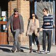 Billy Zane se promène avec sa compagne Jasmina, enceinte, en janvier 2011 à Los Angeles