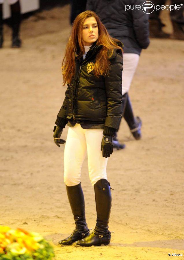 Charlotte Casiraghi au CSI 5 étoiles de Bâle, en Suisse, le vendredi 13 janvier 2012.