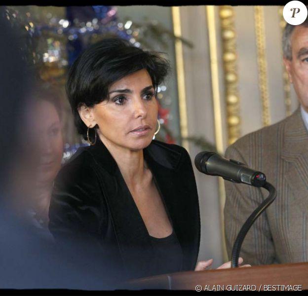 Rachida Dati présente ses voeux au personnel de la mairie du VIIe arrondissement de Paris, vendredi 13 janiver 2012.