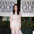 Jessica Biel, splendide lors des Golden Globes dimanche 15 janvier à Los Angeles. La comédienne ne portait pas de bague de fiançailles...