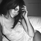 Rihanna, top sexy, frappe encore chez Armani