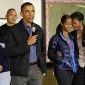 Barack, Michelle et Malia Obama : Ouvriers d'un jour pour un moment d'émotion