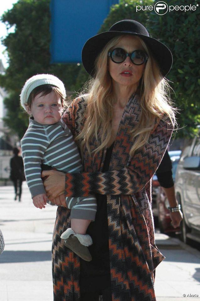 Rachel Zoe et son fils Skyler prennent le soleil à Los Angeles, le 17 janvier 2012.