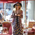 Rachel Zoe porte un long cardigan Missoni et des cuissardes Brian Atwood à Los Angeles, le 17 janvier 2012.