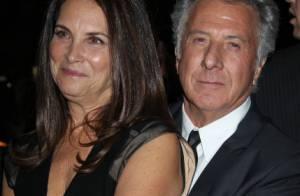 Dustin Hoffman entouré de sa femme et son fils pour une magouille de luxe