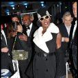 L'icône Grace Jones assurait le spectacle lors du dixième Dîner De La Mode contre le Sida à Paris, le 26 janvier 2012.