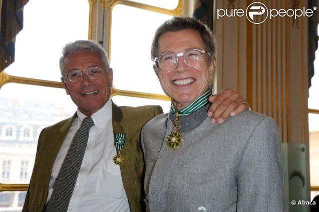 Jean-Paul Goude et Jean-Marie Périer honorés au ministère de la Culture, à Paris le 8 février 2012.