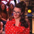 Charlotte Le Bon joue à la maîtresse d'école sexy dans Le Petit Journal de Yann Barthès sur Canal + le mercredi 8 février 2012