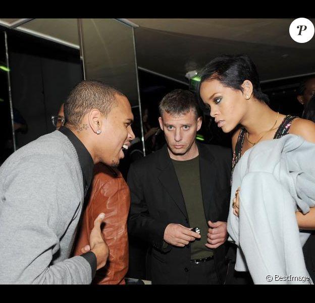 Chris Brown et Rihanna alors qu'ils étaient ensemble en mars 2008