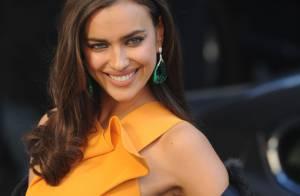 Irina Shayk : Bombesque en robe ultra-sexy