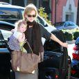 Nicole Kidman et ses filles Sunday Rose et Faith Margaret le 5 février 2012 à Los Angeles