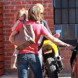 Nicole Kidman, Keith Urban et leurs filles Sunday Rose et Faith Margaret le 5 février 2012 à Los Angeles