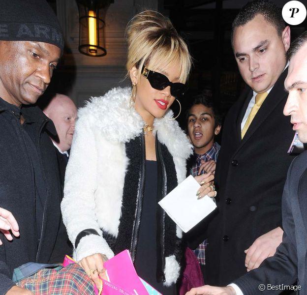 Rihanna fête son 24e anniversaire à Londres, le 20 février 2012.