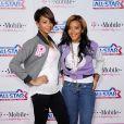 Angela Simmons et sa soeur Vanessa à Los Angeles, le 20 février 2011.