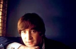 John Lennon : ses cheveux mis aux enchères !