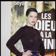 Lea Seydoux lors du photocall du film Les Adieux de la Reine à Paris ke 15 mars 2012