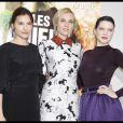 Virginie Ledoyen, Diane Kruger et Lea Seydoux lors du photocall du film Les Adieux de la Reine à Paris ke 15 mars 2012