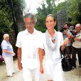 Andrea Bocelli et sa compagne Veronica Berti (photo : à Pietrasanta en novembre 2011), en couple depuis 2002, ont eu le 21 mars 2012 une petite fille : Virginia.