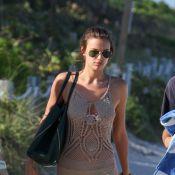 Irina Shayk et Anne Vyalitsyna : deux bombes en bikini chahutent dans l'eau