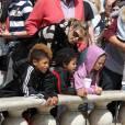 Heidi Klum, sa maman et ses filles Leni et Lou sont allées chercher Johan et Henry Samuel à leur cours de karaté avant de faire du shopping et de s'amuser tout ensemble, à Beverly Hills, le 24 mars 2012