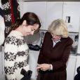 En visite sur le tournage de la série danoise The Killing, le 27 mars 2012 à Lynge, Camille Parker Bowles a été très intriguée par le pistolet factice de l'héroïne de la fiction, Sofie Grabol, et l'a manié, devant une princesse Mary (faussement) terrorisée !