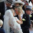 """""""Chris Hemsworth et Olivia Wilde sur le tournage de Rush de Ron Howard, le 2 avril 2012 à Londres."""""""