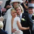"""""""Chris Hemsworth et Olivia Wilde se marient sur le tournage de Rush de Ron Howard, le 2 avril 2012 à Londres."""""""