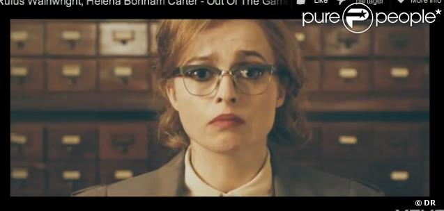 Le clip de la chanson  Out of the Game , de Rufus Wainwright, avec Helena Bonham Carter.