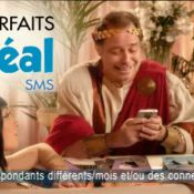 Michel Leeb défie Free Mobile dans la peau de Jules César