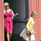 Reese Witherspoon : Enceinte et superbe, ses beaux enfants lui volent la vedette