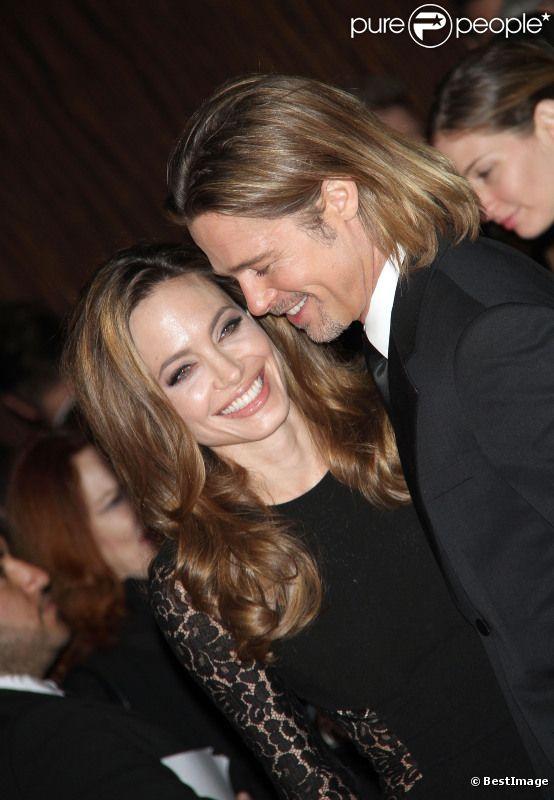 Brad Pitt et Angelina Jolie, le 21 janvier 2012 à Los Angeles.